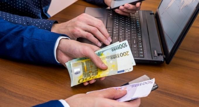 Finanțări de 50.000 Euro pentru startup-uri care creează aplicații B2B, printr-un accelerator de afaceri european