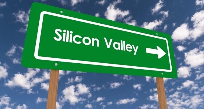 3 ingineri plecați de la Google și Apple și-au deschis un startup și l-au vândut cu 1,4 miliarde dolari