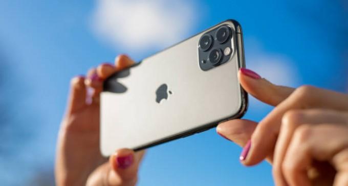 De ce este Iphone-ul printre cele mai populare mărci de telefoane mobile, în ciuda concurenței puternice?