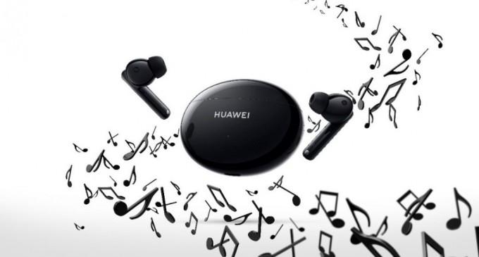 Huawei dezvăluie HUAWEI FreeBuds 4i, noile căști echipate cu funcția de anulare activă a zgomotului și o baterie puternică ce permite 10 ore de redare continuă