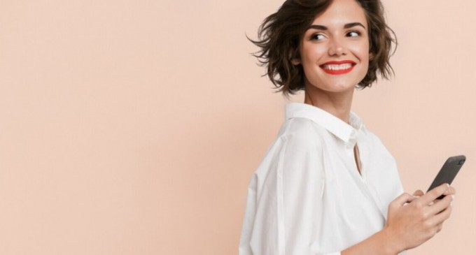 Cum să alegi online salonul, data și ora ședinței tale de înfrumusețare?