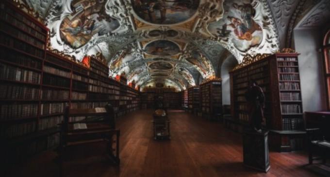 Îți trebuie motivație pentru a citi cărți de istorie? Iată câteva argumente în favoarea acestora!