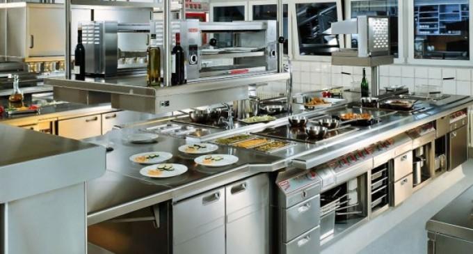 Ce echipamente ar fi necesare pentru un restaurant de tip fast-food?
