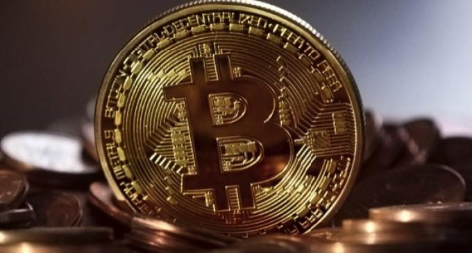 O singură tranzacție Bitcoin are o amprentă de carbon mai mare decât 100.000 de ore de videoclipuri YouTube