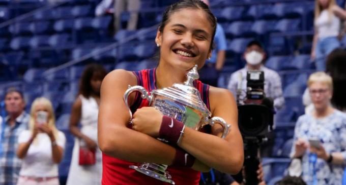 Emma Răducanu, portret făcut de BBC: Crearea unei campioane / Martina Navratilova: Va câștiga mai multe Grand Slam-uri, nu poți opri un asemenea talent – Tenis