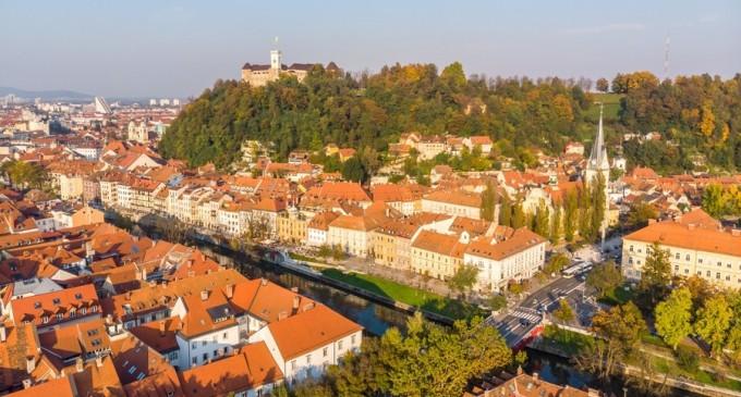 O delegaţie a Parlamentului European efectuează o vizită în Slovenia pentru a evalua situația statului de drept – MEET Your MEP